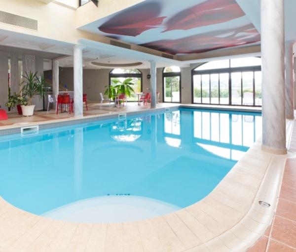 indoor pool Wellness area
