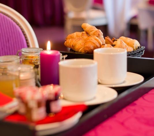 petit déjeuner hotel 早餐